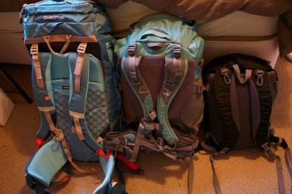 backpacks travel light